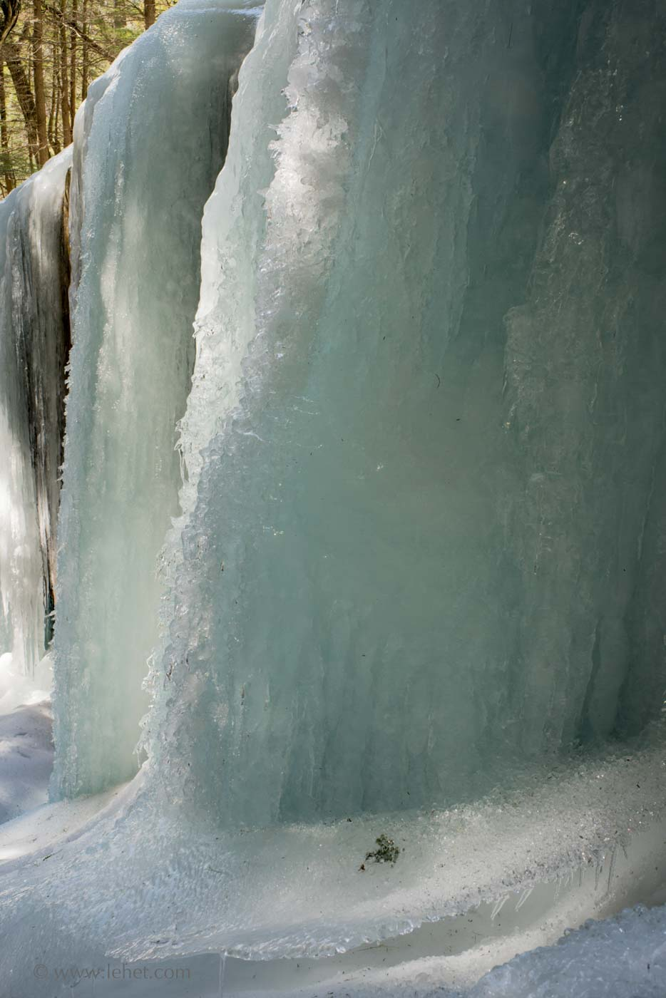frozen waterfall vermont
