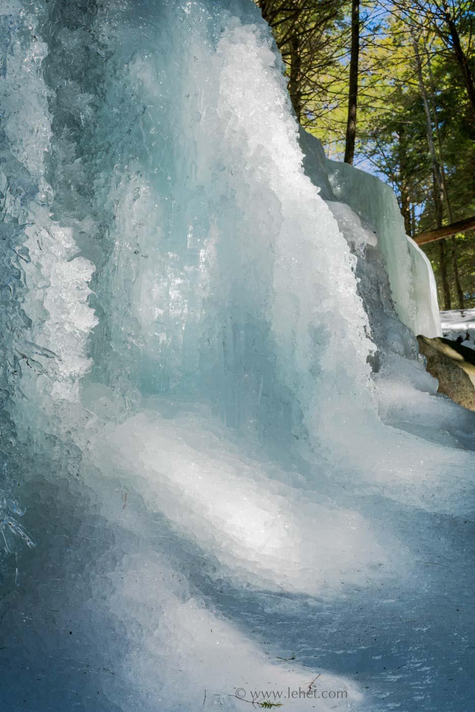 frozen waterfall vermont