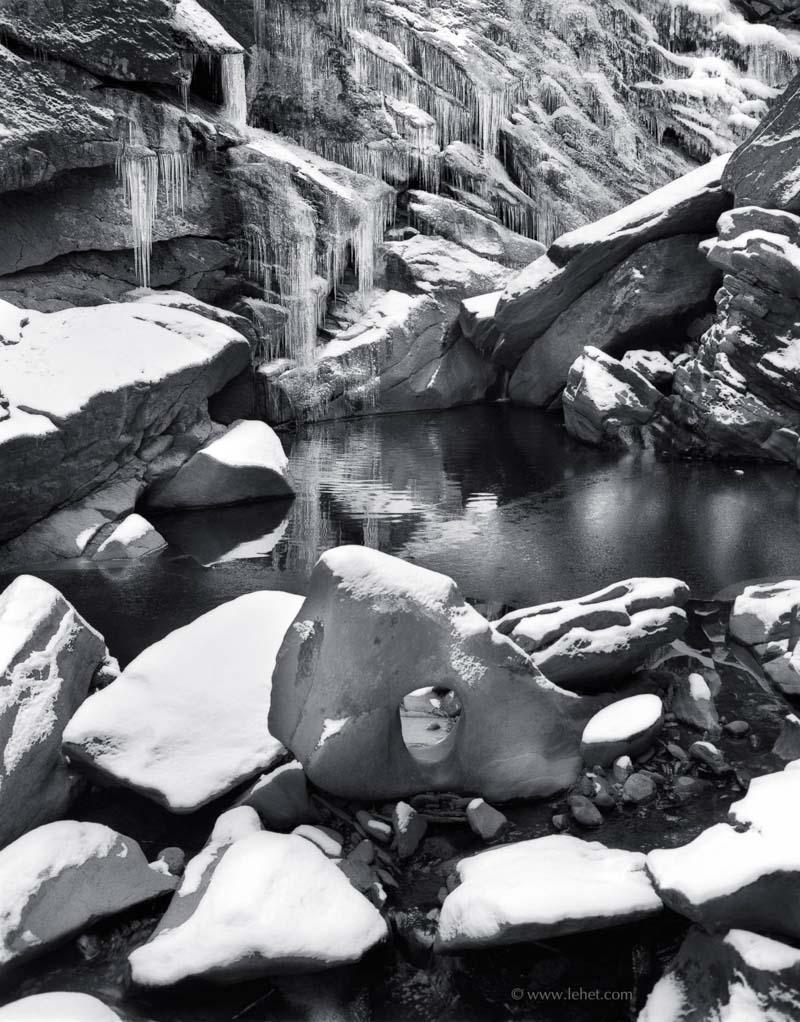 Gorge, Icicles, Hole in Rock, Cavendish - by John Lehet